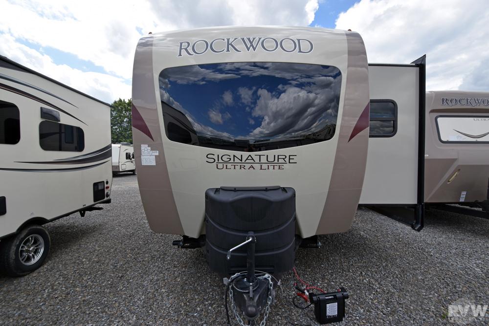 2020 Rockwood Signature Ultra Lite 8328bs Travel Trailer