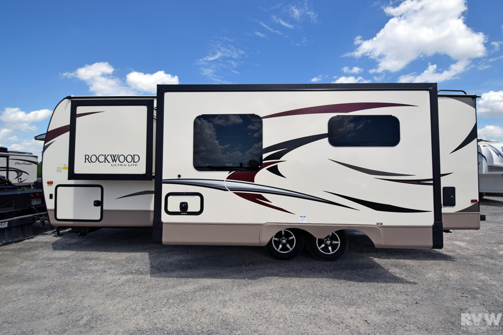 2020 Rockwood Ultra Lite 2606ws Travel Trailer By Forest
