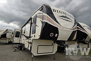 2018 Bighorn Traveler 39MB by Heartland RV