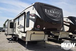 2018 Elkridge 39MBHS by Heartland RV