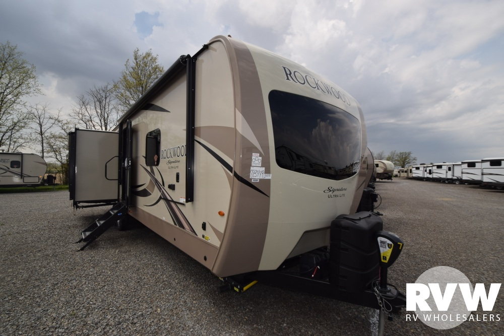 2020 Rockwood Signature Ultra Lite 8332bs Travel Trailer