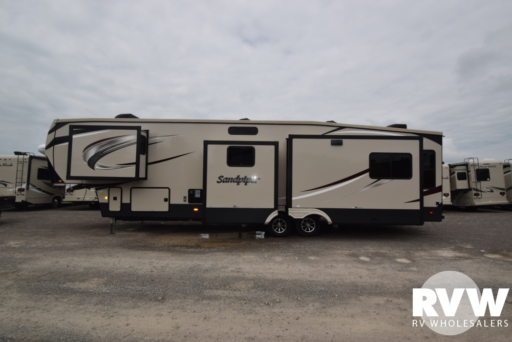 2019 Sandpiper 372lok Fifth Wheel By Forest River Vin