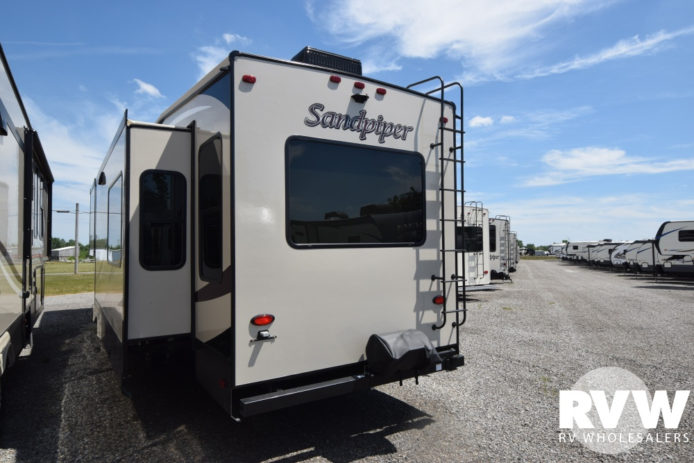 2019 Sandpiper 378fb Fifth Wheel By Forest River Vin