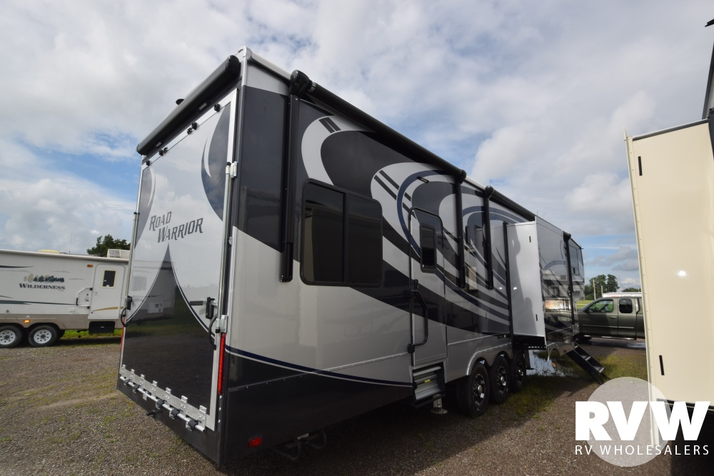 2019 Road Warrior 413 Toy Hauler Fifth Wheel By Heartland