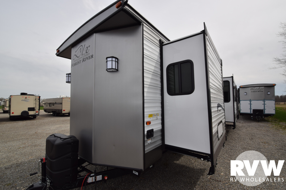 2019 Wildwood Dlx 42qbq Park Trailer By Forest River Vin