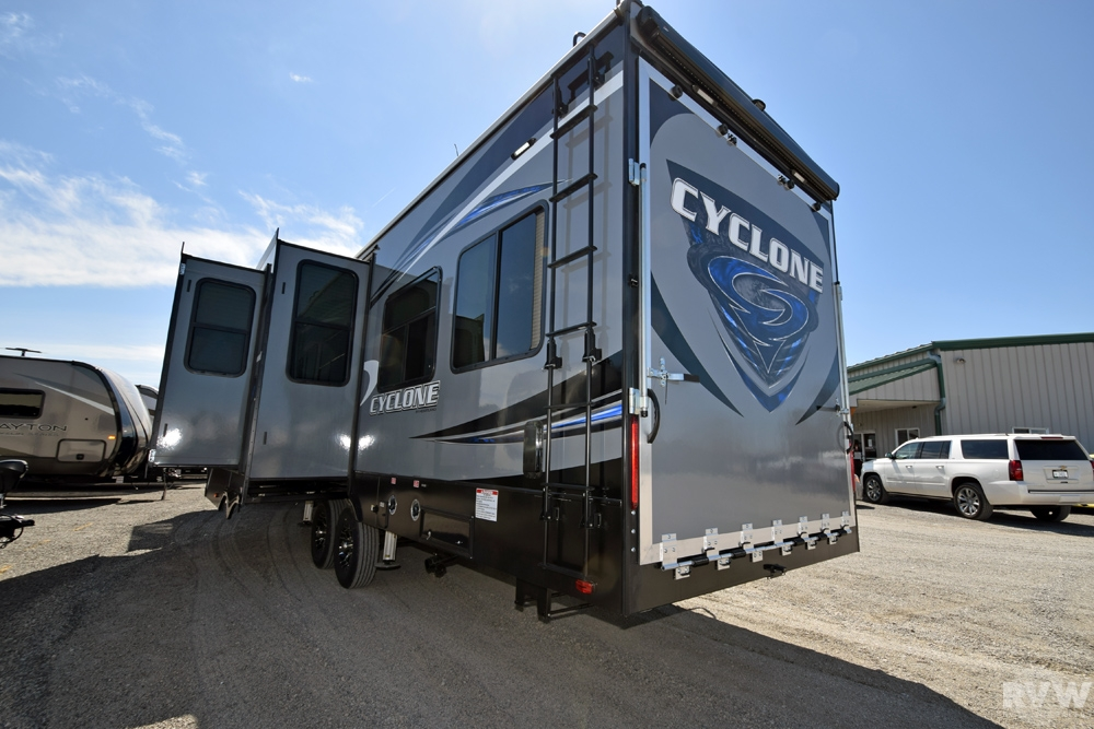 2017 Cyclone 3611 Toy Hauler Fifth Wheel By Heartland Rv