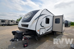 2016 I-GO Pro 27RBDS by EverGreen RV