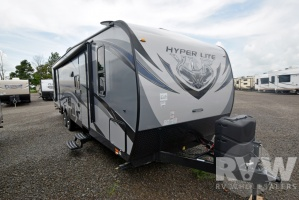 2017 XLR Hyper Lite 29HFS by Forest River