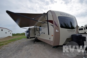 2017 Rockwood Signature Ultra Lite 8329SS by Forest River