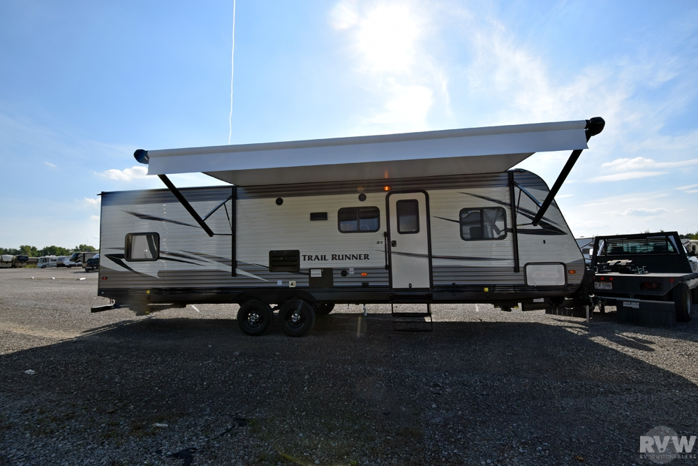 Click here to see the New 2017 Trail Runner 30USBH Travel Trailer by Heartland RV at RVWholesalers.com