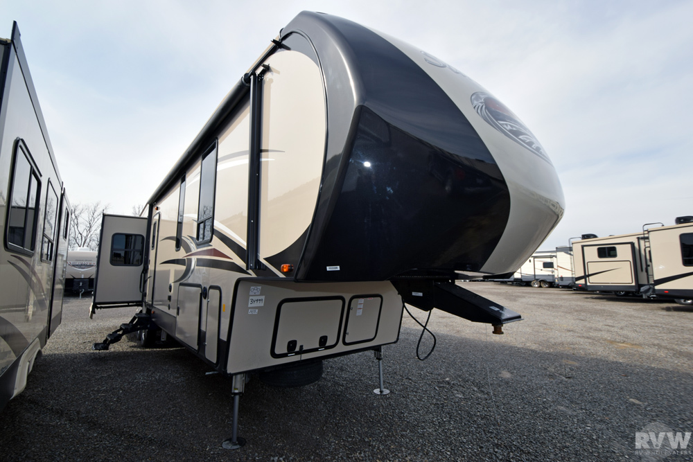 Click here to see the New 2017 Sandpiper 372LOK Fifth Wheel by Forest River at RVNation.us