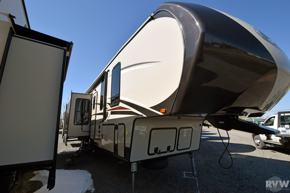 Click here to see the New 2017 Sandpiper 389RD Fifth Wheel by Forest River at RVNation.us