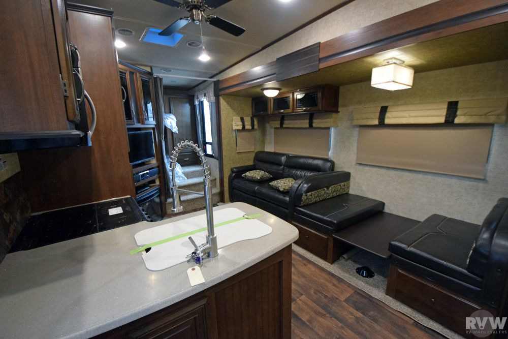 Click here to see the New 2017 Sandpiper HT 3275DBOK Fifth Wheel by Forest River at RVNation.us