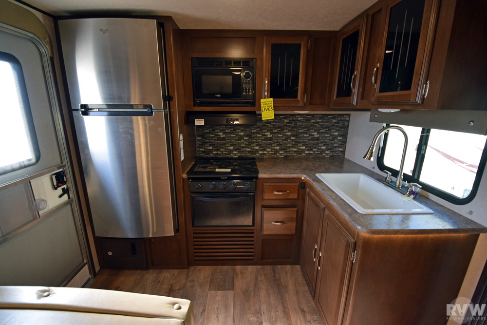 Click here to see the New 2017 Heritage Glen Hyper-Lyte 24RK Travel Trailer by Forest River at RVWholesalers.com