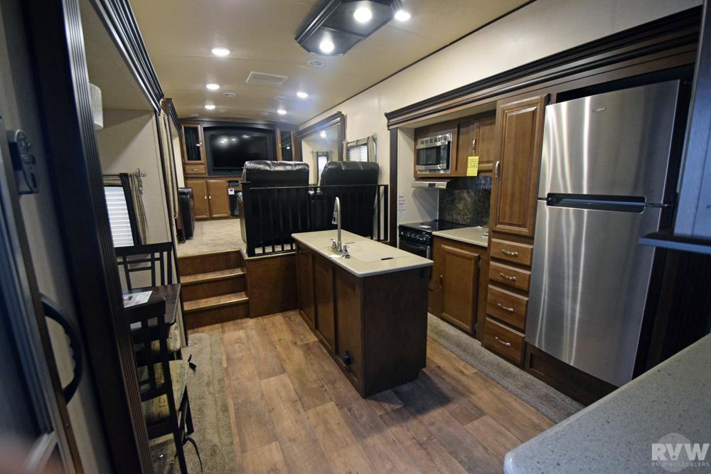 2017 Forest River Heritage Glen Lite 372rd Fifth Wheel
