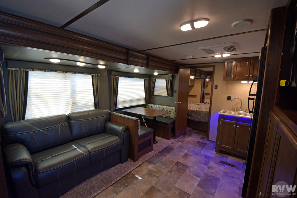 Click here to see the New 2017 Sprinter Campfire 29BH Travel Trailer by Keystone RV at RVWholesalers.com