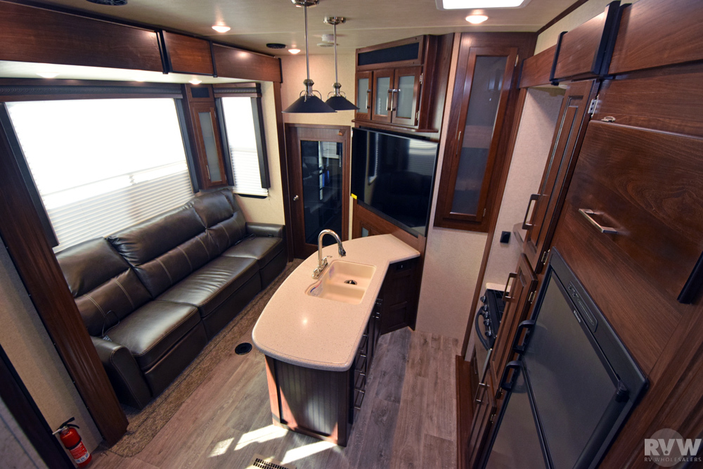 Click here to see the New 2017 Torque 345 Toy Hauler Fifth Wheel by Heartland RV at RVWholesalers.com