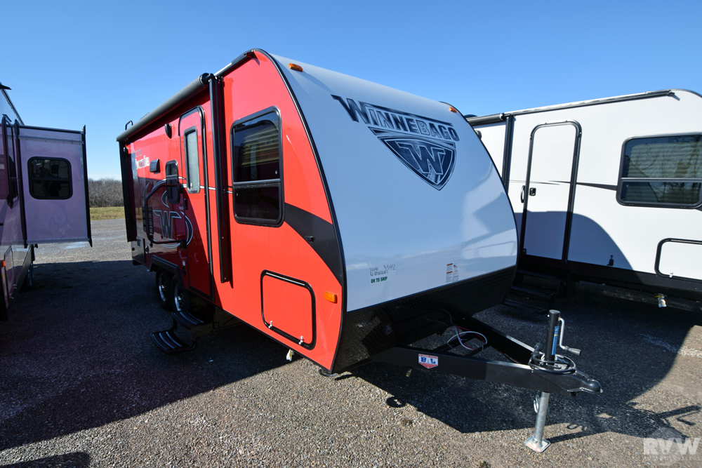Click here to see the New 2017 Micro Minnie 2106FBS Travel Trailer by Winnebago at RVNation.us