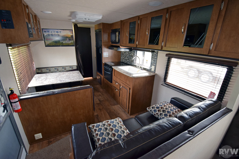 Click here to see the New 2017 Wildwood XLite 261BHXL Travel Trailer by Forest River at RVNation.us