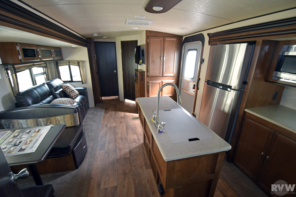 Click here to see the New 2018 Heritage Glen Lite 300BH Travel Trailer by Forest River at RVNation.us