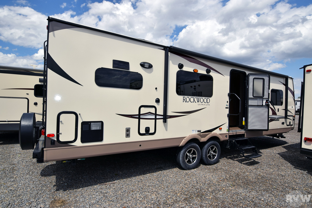 Click here to see the New 2018 Rockwood Ultra Lite 2902WS Travel Trailer by Forest River at RVWholesalers.com