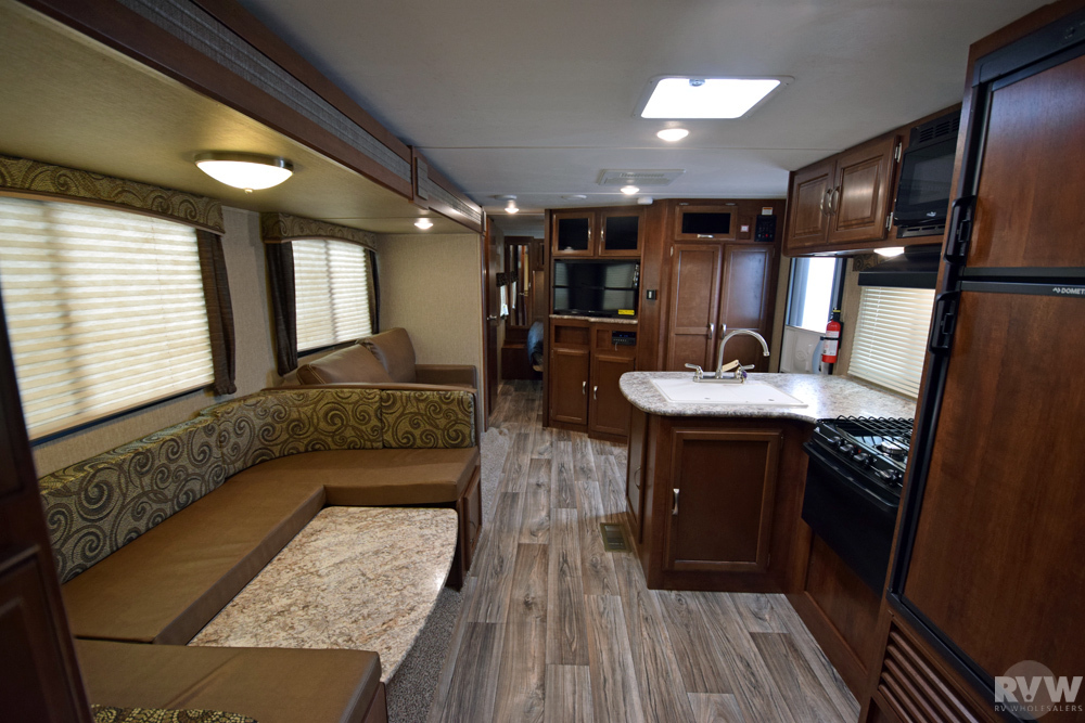 Click here to see the New 2018 Passport GT 3350BH Travel Trailer by Keystone RV at RVWholesalers.com