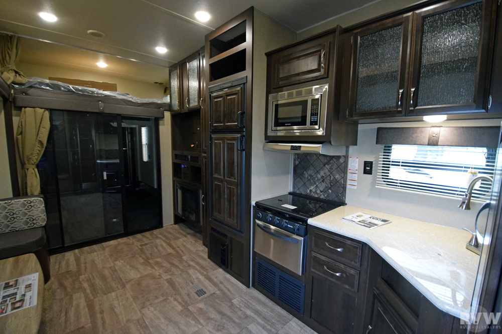 Click here to see the New 2018 Puma 384FQS Toy Hauler Fifth Wheel by Palomino at RVWholesalers.com