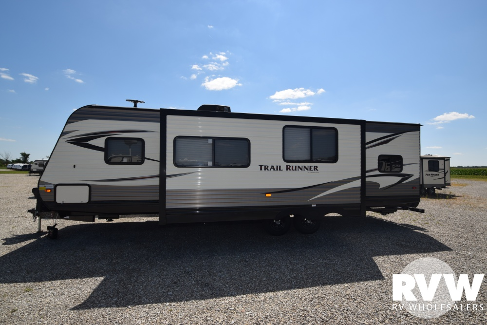 Click here to see the New 2018 Trail Runner 30USBH Travel Trailer by Heartland RV at RVNation.us
