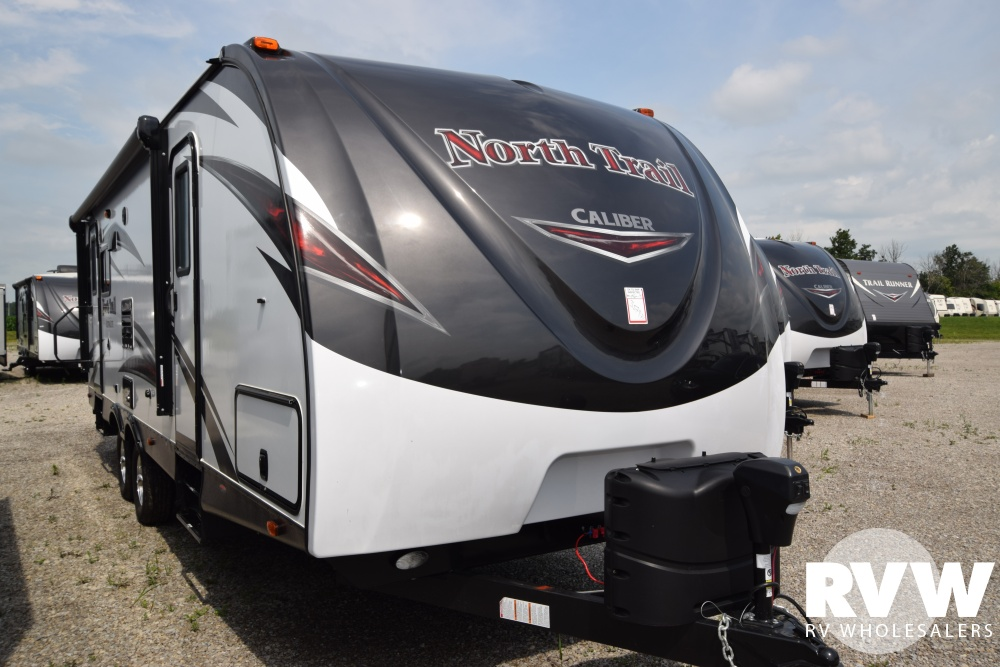 Click here to see the New 2018 North Trail 26LRSS Travel Trailer by Heartland RV at RVWholesalers.com