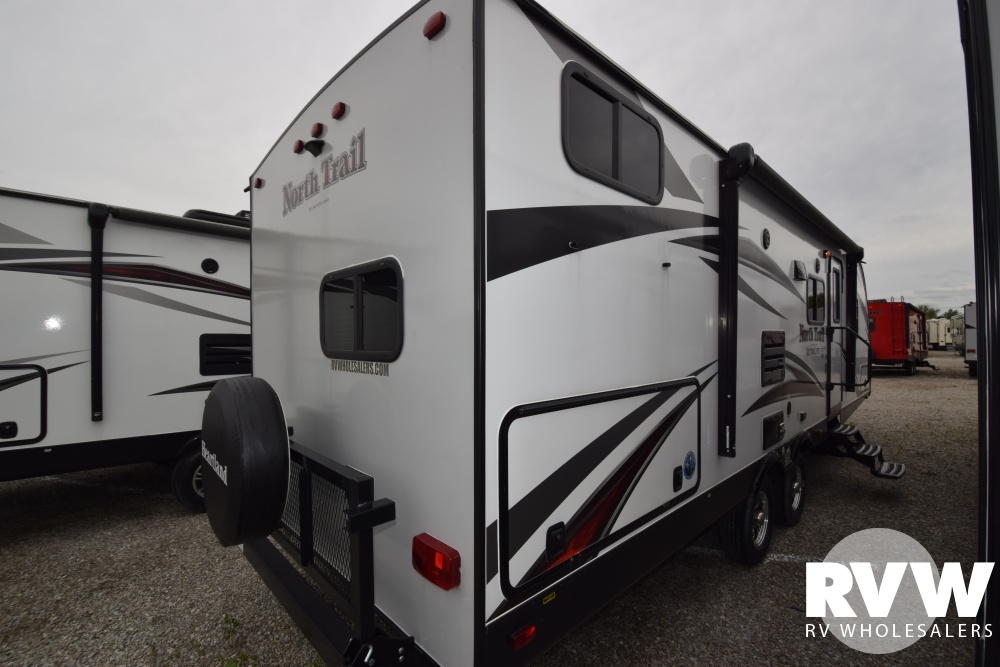 Click here to see the New 2018 North Trail 26DBSS Travel Trailer by Heartland RV at RVWholesalers.com