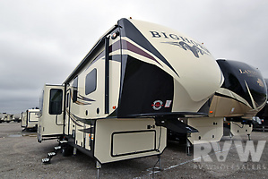2018 Bighorn 3160EL by Heartland RV