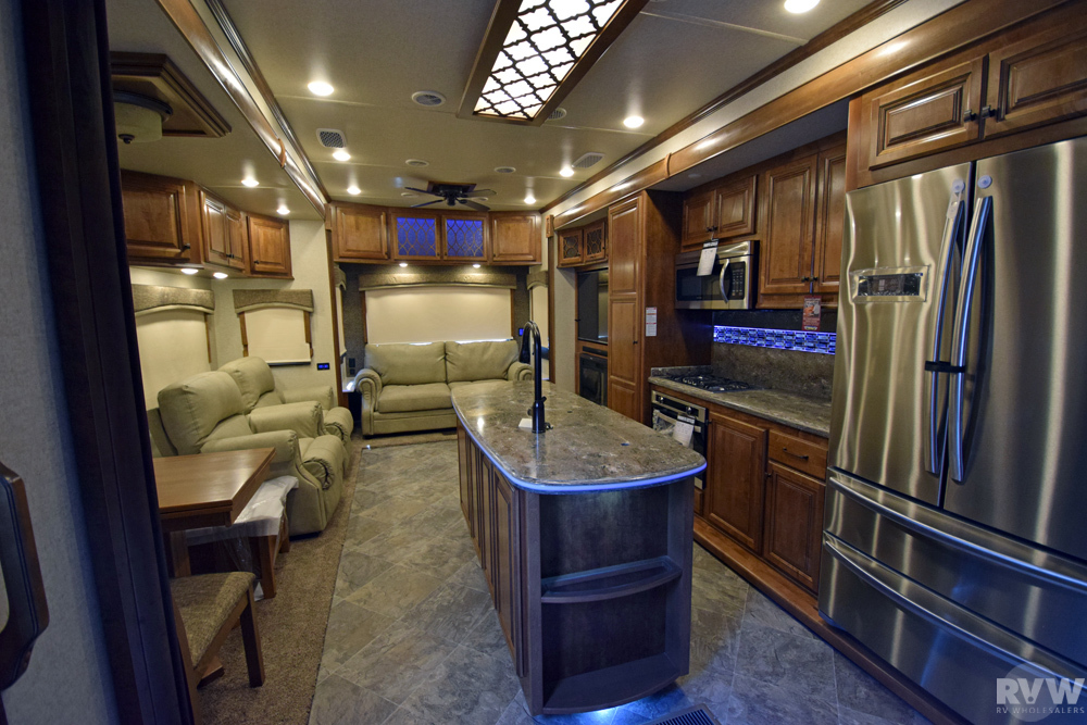 2018 Heartland Rv Landmark 365 Newport Fifth Wheel The