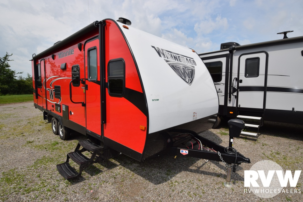 Click here to see the New 2018 Minnie 2500FL Travel Trailer by Winnebago at RVWholesalers.com