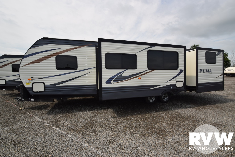 Click here to see the New 2018 Puma 31DBTS Travel Trailer by Palomino at RVWholesalers.com