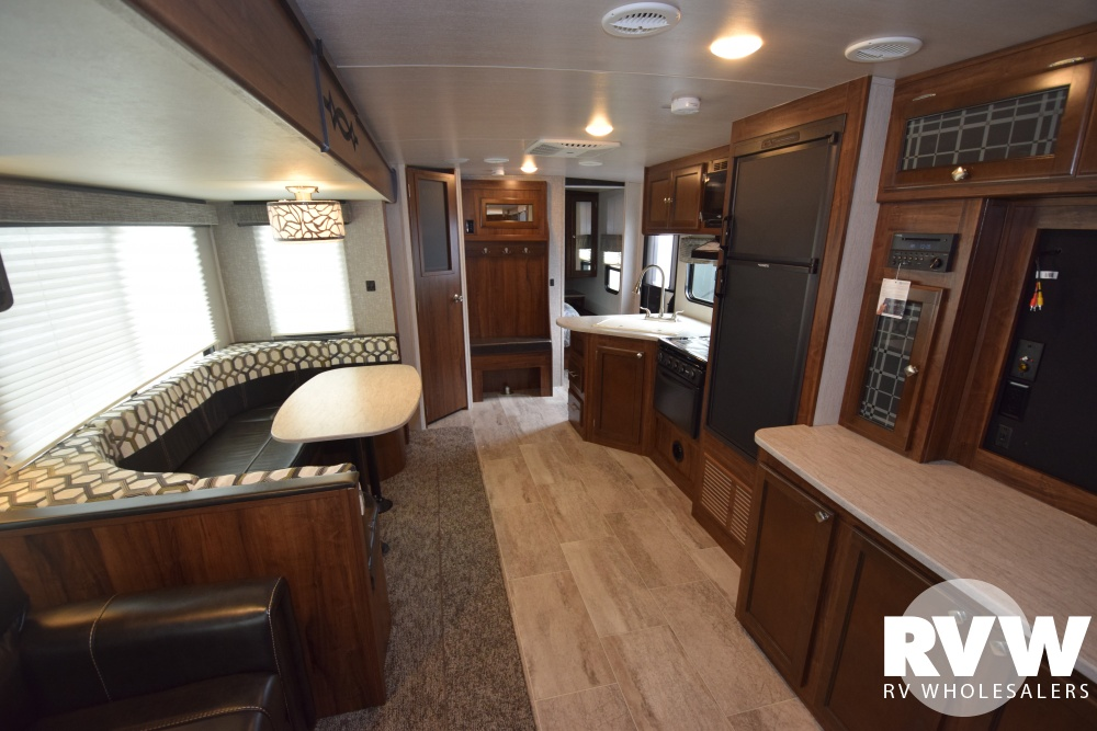 Click here to see the New 2018 Wilderness 3125BH Travel Trailer by Heartland RV at RVWholesalers.com