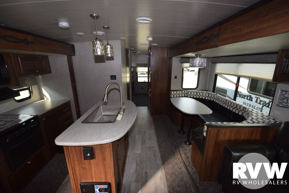 Click here to see the New 2018 Wilderness 3250BS Travel Trailer by Heartland RV at RVWholesalers.com