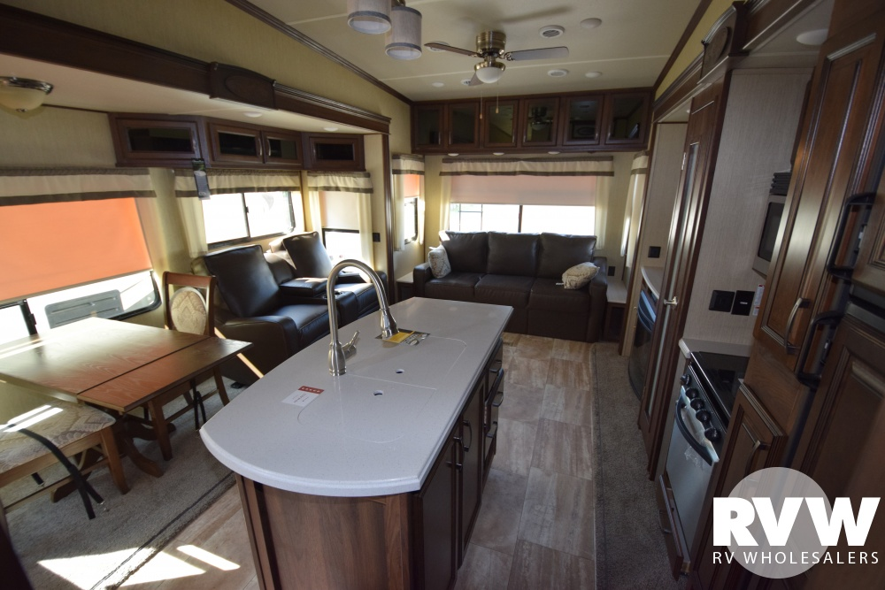 Click here to see the New 2017 Columbus Compass Series 377MBC Fifth Wheel by Palomino at RVWholesalers.com