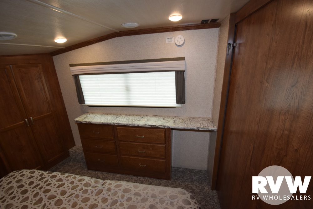 Click here to see the New 2018 Sundance 3200MVP Fifth Wheel by Heartland RV at RVWholesalers.com