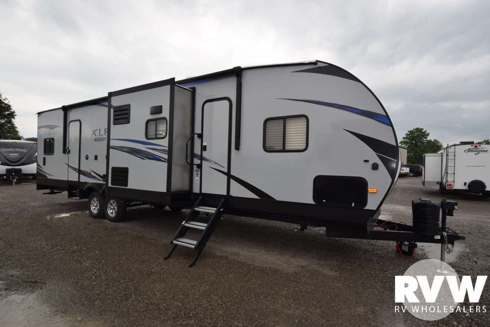 Click here to see the New 2018 XLR Boost 31QB Toy Hauler Travel Trailer by Forest River at RVWholesalers.com