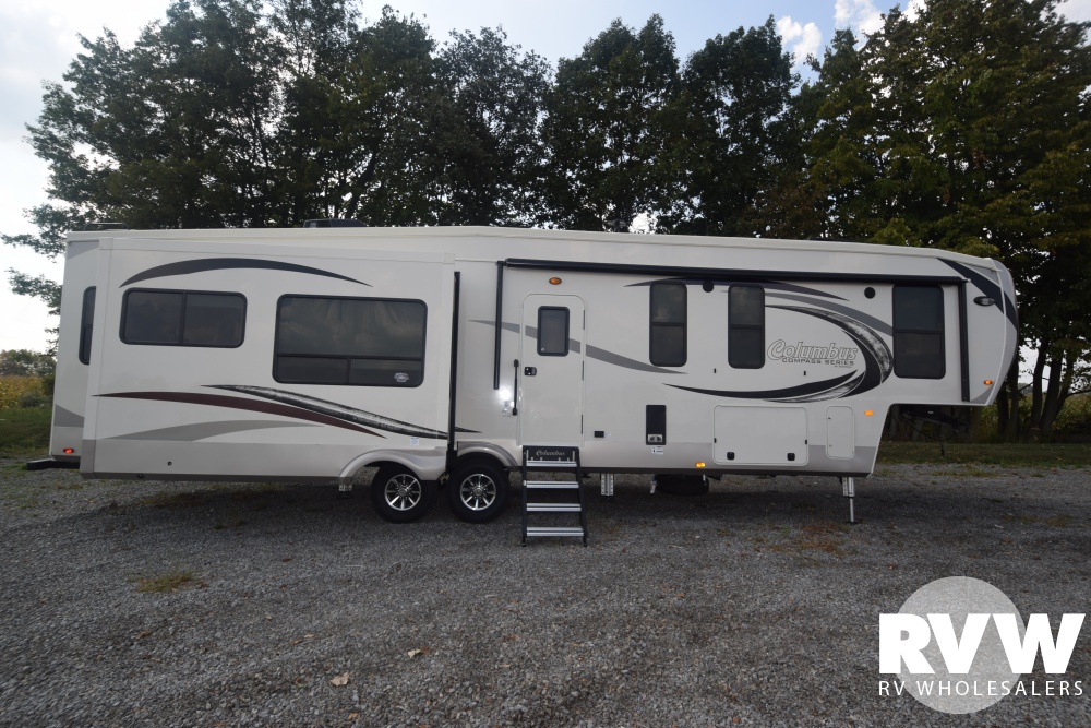 Click here to see the New 2018 Columbus Compass Series 377MBC Fifth Wheel by Palomino at RVNation.us