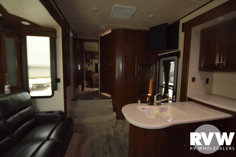 Click here to see the New 2018 Torque 325 Toy Hauler Fifth Wheel by Heartland RV at RVWholesalers.com