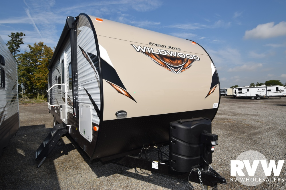 Click here to see the New 2018 Wildwood 28CKDS Travel Trailer by Forest River at RVWholesalers.com
