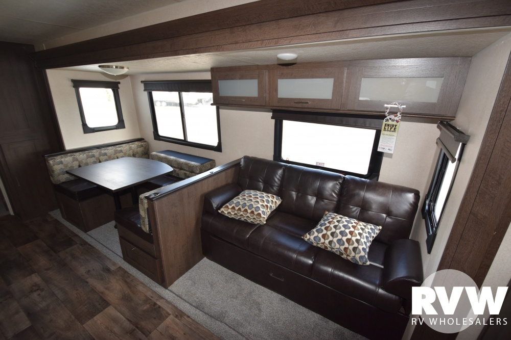 Click here to see the New 2018 Wildwood 31KQBTS Travel Trailer by Forest River at RVWholesalers.com