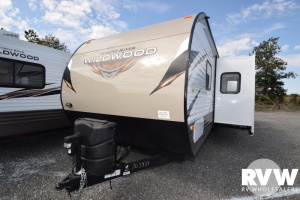 2018 Wildwood 31KQBTS by Forest River