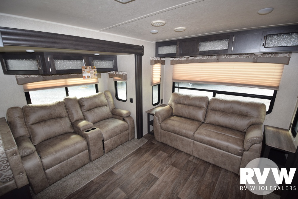 2018 Palomino Puma 31rlqs Travel Trailer The Real