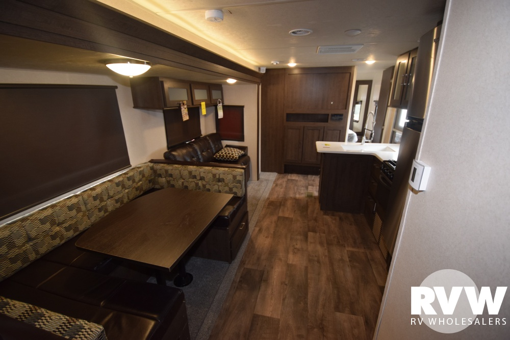Click here to see the New 2018 Wildwood 32BHDS Travel Trailer by Forest River at RVWholesalers.com