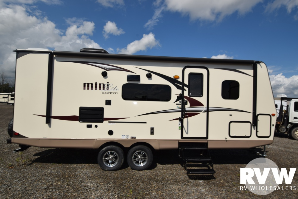 Click here to see the New 2018 Rockwood Mini Lite 2504S Travel Trailer by Forest River at RVWholesalers.com