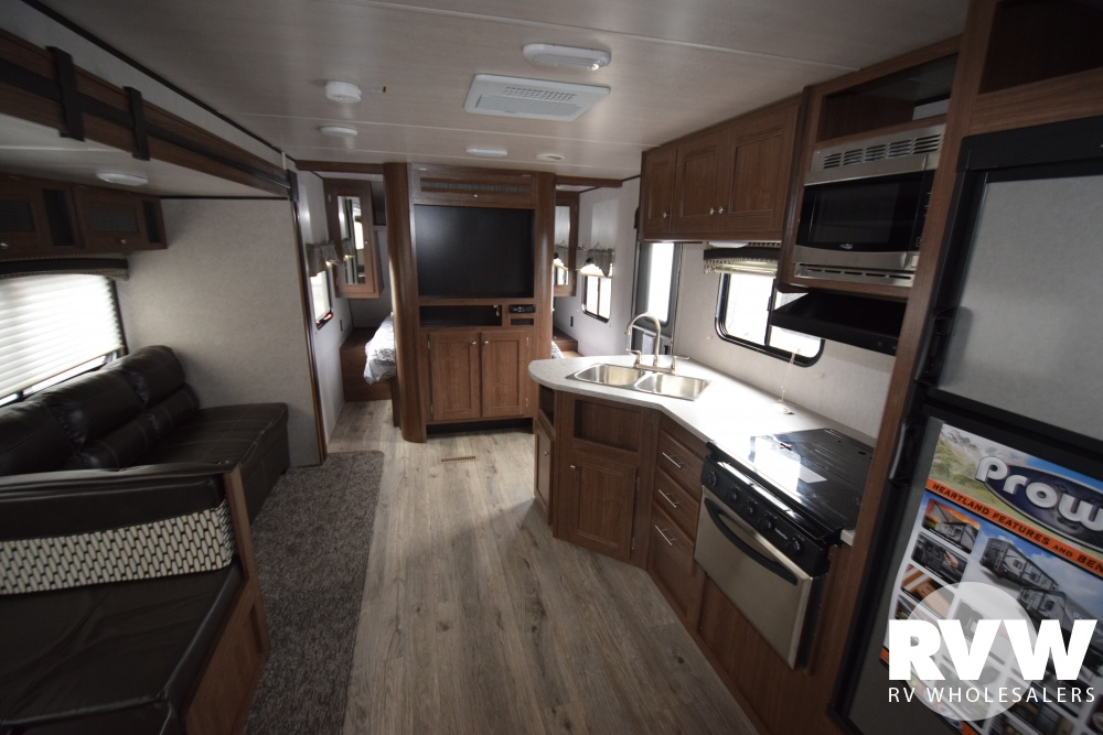 Click here to see the New 2018 Prowler Lynx 32LX Travel Trailer by Heartland RV at RVWholesalers.com