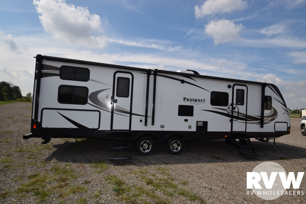 Click here to see the New 2018 Passport GT 3220BH Travel Trailer by Keystone RV at RVWholesalers.com