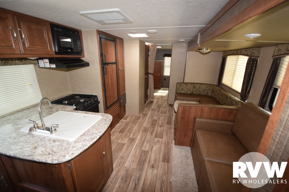 Click here to see the New 2018 Passport GT 3220BH Travel Trailer by Keystone RV at RVNation.us